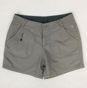 The North Face Short Court Gray Shorts Size 4